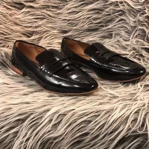 14th & Union black patent loafers